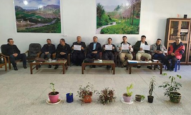 In response to a previous call for a strike, teachers in many parts of Iran went on strike on Monday, November 23. Reports indicate that teachers from the cities of Bushehr, Saqqez, Marivan, and Sanandaj refused to show up in classes and took part in the strike.