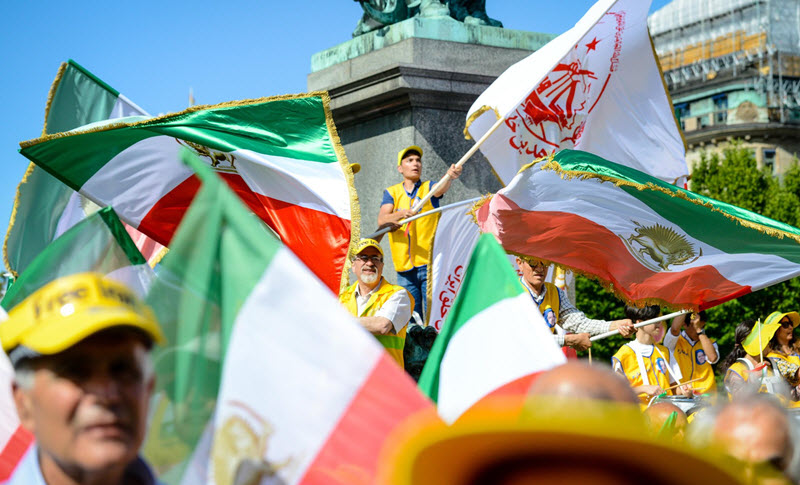 Thousands of MEK supporters in Sweden