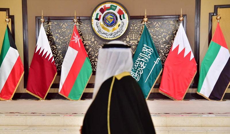 Saudi Arabia Tries to Unite Arab World Against Iran at Annual Arab League Summit