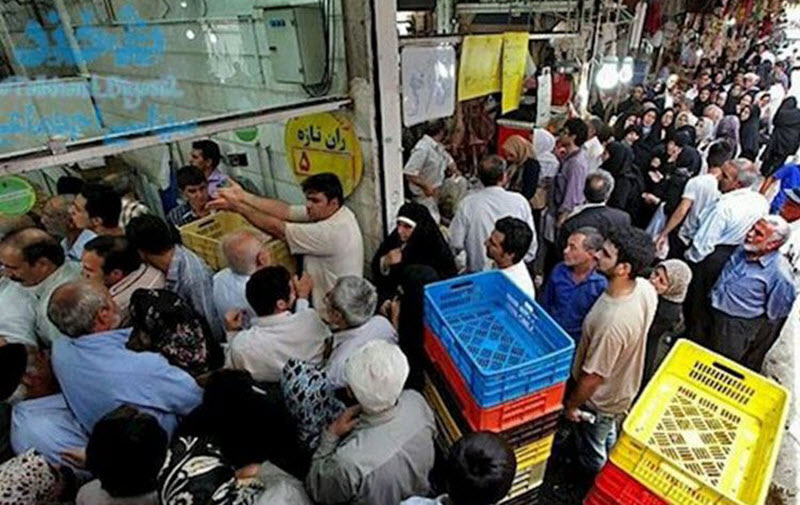 Long-lines-for-frozen-meat-in-Iran