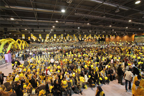 Ten of thousands of Iranians gather in Paris on June 18 in support of resistance